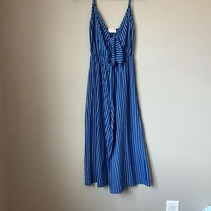 Everly xs blue. Pinstriped wideleg Jumpsuit
